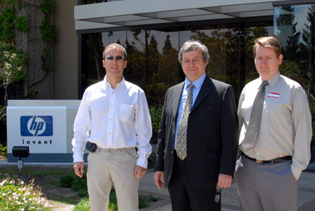 <i>Front of HP Building 20 - Left to Right: <br />Eric Mimoz, Marc Mislanghe, Glenn Robb</i>